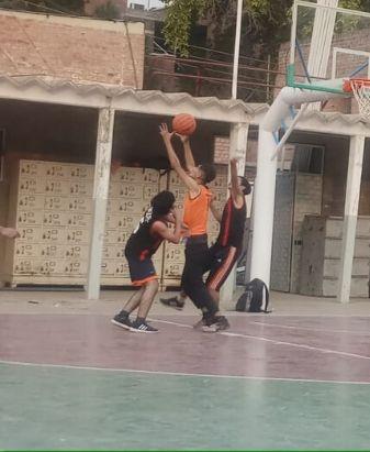 Sports Department Holds 1st Intermediate Intramural Basketball Championship