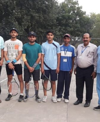 Sports Department Holds 1st Intermediate Intramural Individual Tennis Championship